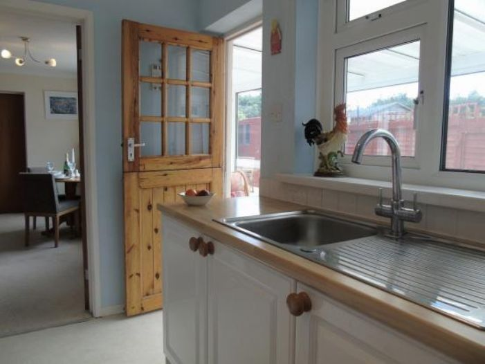 Semi Detached Bungalow, 3 bedroom Property for sale in St Buryan, Cornwall for £250,000, view photo 8.