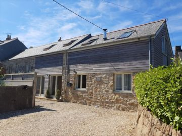 Semi Detached House for sale in Penzance: Lower Drift, Buryas Bridge, Penzance, Cornwall TR19 6AA, £400,000