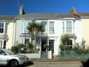 Terraced, House for sale in Penzance: Bay View Terrace, Penzance, Cornwall TR18 4HS, £230,000