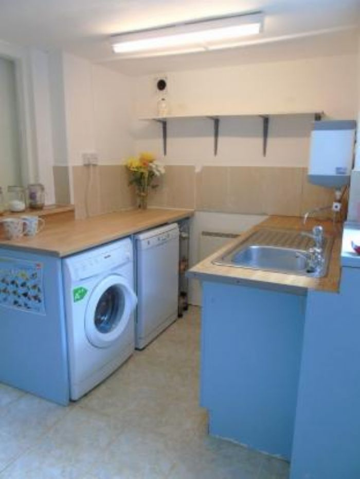Semi Detached House, 3 bedroom Property for sale in Heamoor, Cornwall for £210,000, view photo 13.