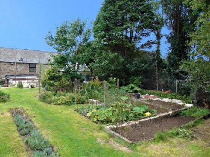 Semi Detached House, 3 bedroom Property for sale in Heamoor, Cornwall for £210,000, view photo 21.
