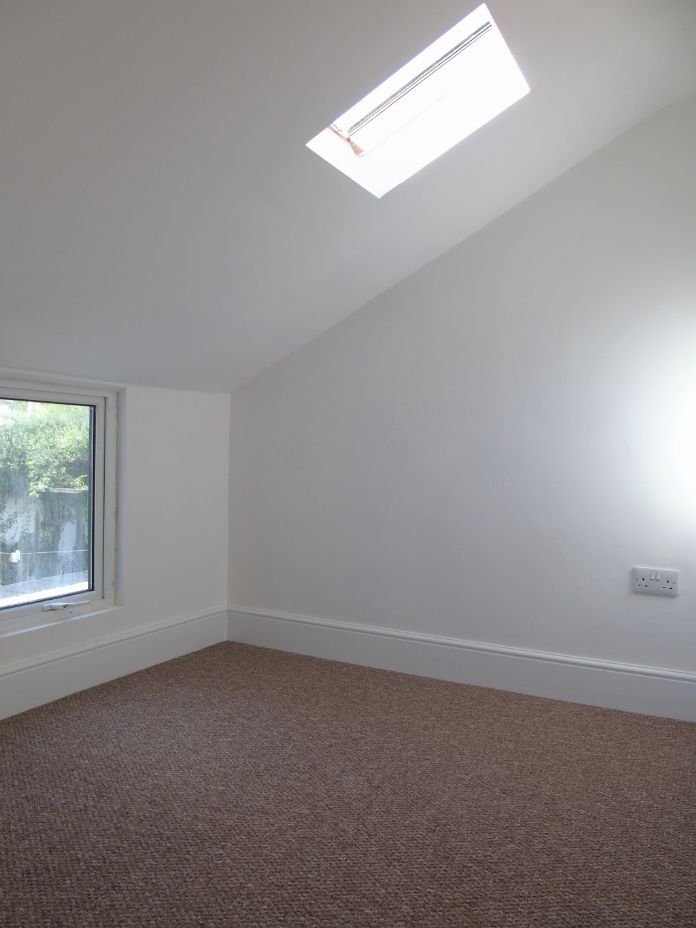 Terraced, House, 3 bedroom Property for sale in Penzance, Cornwall for £170,000, view photo 11.