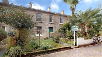 Terraced, House for sale in Penzance: Coulsons Place, Penzance, Cornwall TR18 4DY, £290,000