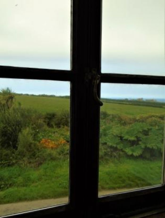 Detached House, Land, 3 bedroom Property for sale in Pendeen, Cornwall for £395,000, view photo 23.