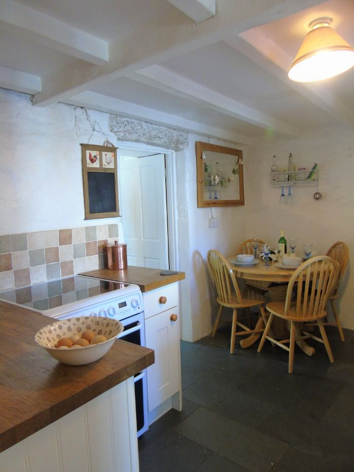 Terraced, House, 3 bedroom Property for sale in Pendeen, Cornwall for £190,000, view photo 6.