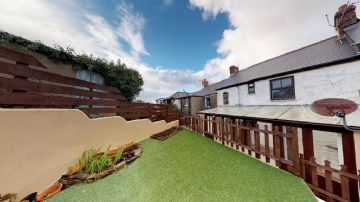 Terraced, House for sale in Goldsithney: Goldsithney, Penzance, Cornwall, TR20 9HD, £210,000