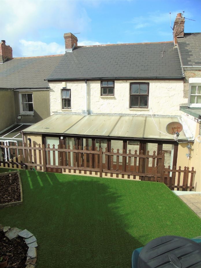 Terraced, House, 3 bedroom Property for sale in Goldsithney, Cornwall for £210,000, view photo 16.