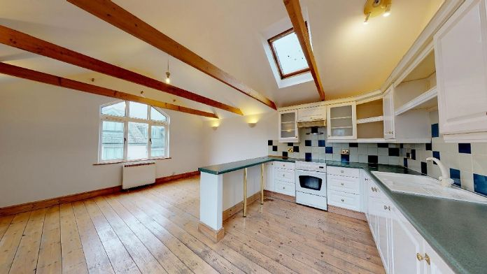 Maisonette, 3 bedroom Property for sale in Penzance, Cornwall for £150,000, view photo 1.