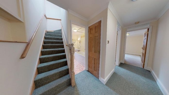 Maisonette, 3 bedroom Property for sale in Penzance, Cornwall for £150,000, view photo 2.