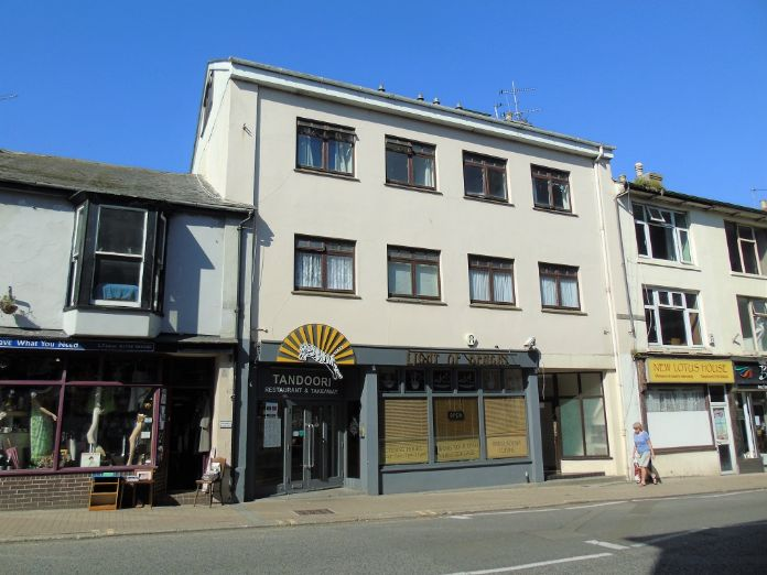 Maisonette, 3 bedroom Property for sale in Penzance, Cornwall for £150,000, view photo 11.