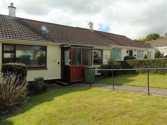 Terraced, Bungalow, 2 bedroom Property for sale in Penzance, Cornwall for £220,000, view photo 1.