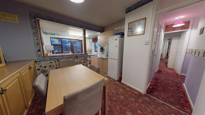 Terraced, Bungalow, 2 bedroom Property for sale in Penzance, Cornwall for £220,000, view photo 7.