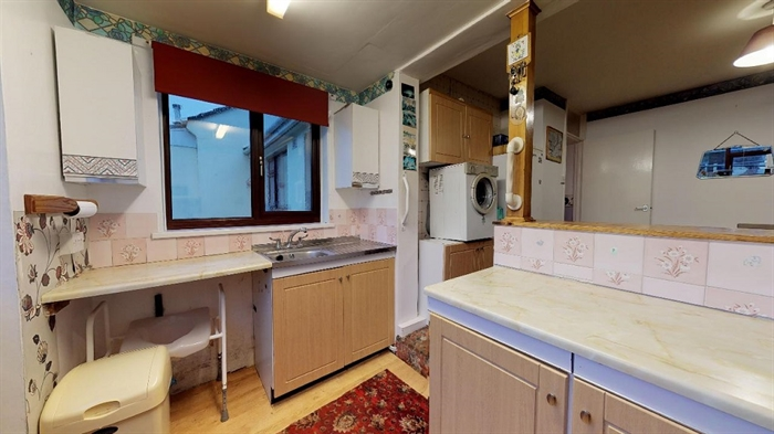 Terraced, Bungalow, 2 bedroom Property for sale in Penzance, Cornwall for £220,000, view photo 8.