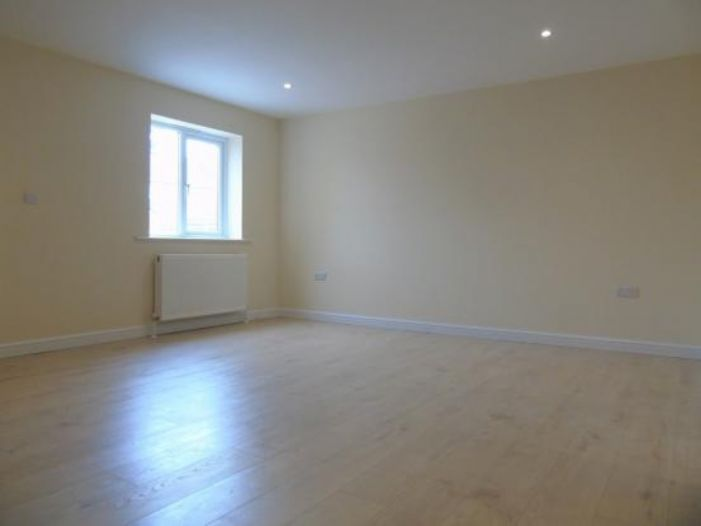 End of Terrace, House, 3 bedroom Property for sale in Penzance, Cornwall for £220,000, view photo 22.