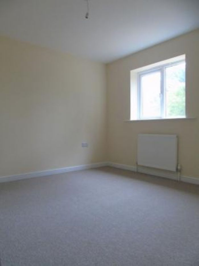 End of Terrace, House, 3 bedroom Property for sale in Crowlas, Cornwall for £235,000, view photo 15.
