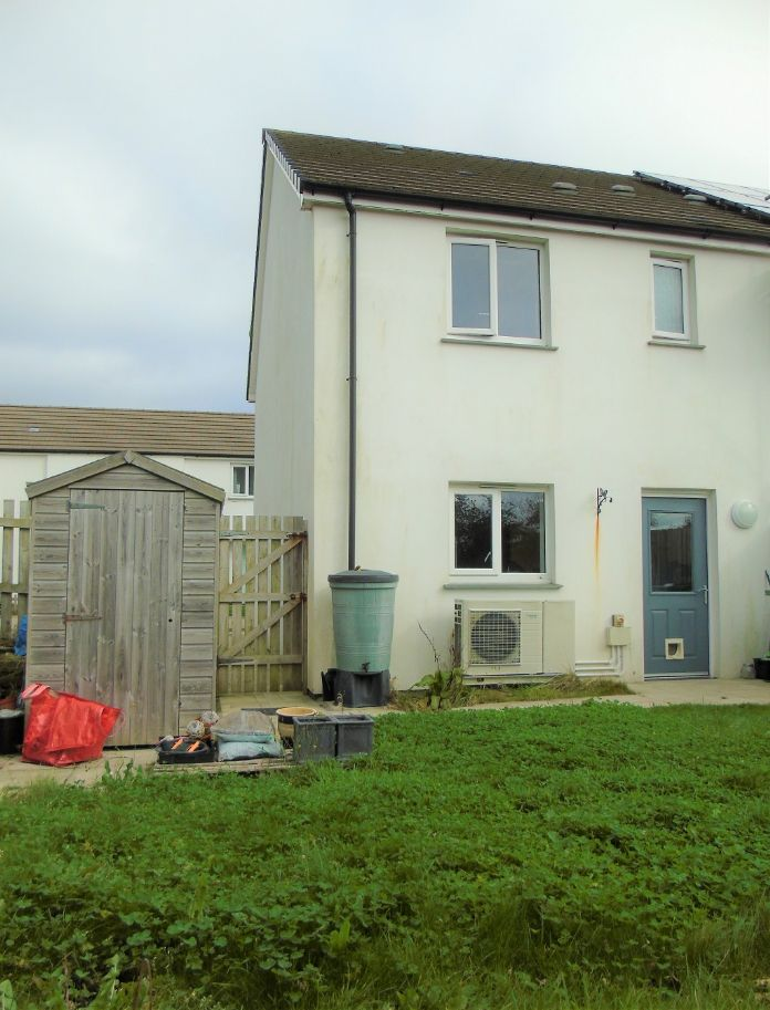 Semi Detached House, 1 bedroom Property for sale in Carbis Bay, Cornwall for £180,000, view photo 5.