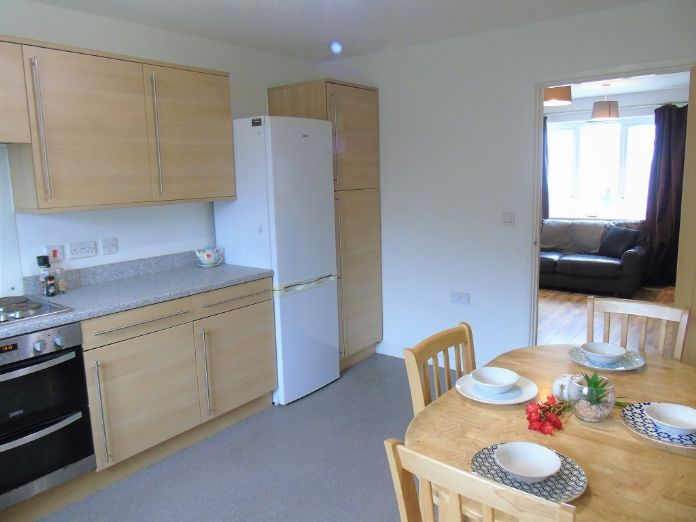 Semi Detached House, 1 bedroom Property for sale in Carbis Bay, Cornwall for £180,000, view photo 8.