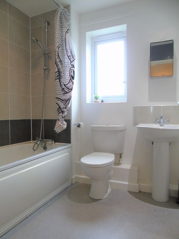 Semi Detached House, 1 bedroom Property for sale in Carbis Bay, Cornwall for £180,000, view photo 15.