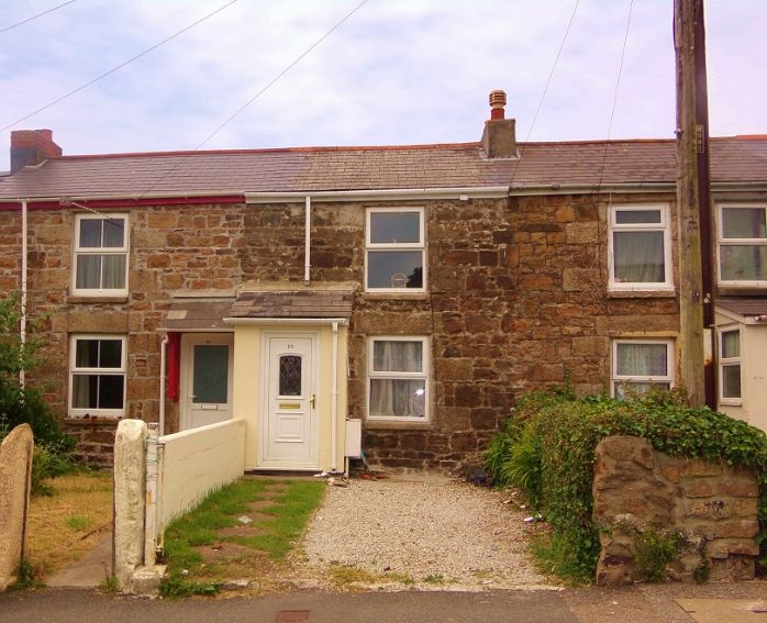 House, 3 bedroom Property for sale in Camborne, Cornwall for £130,000, view photo 1.