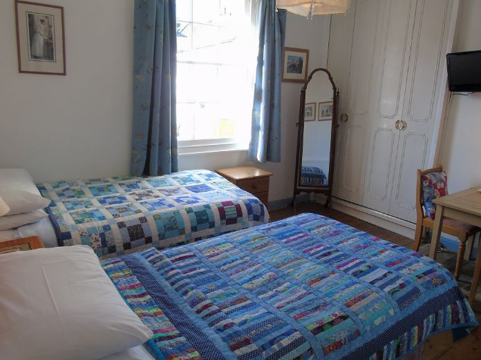 Terraced, 3 bedroom Property for sale in , Cornwall for £370,000, view photo 13.