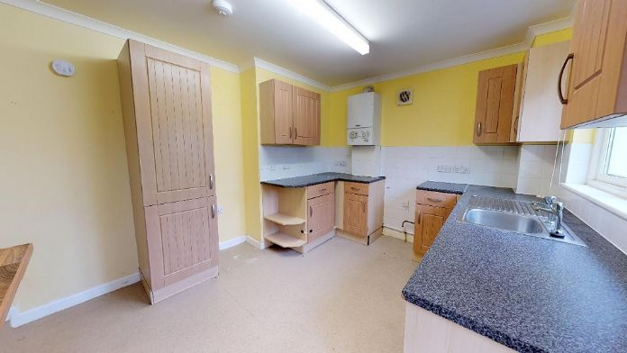 Flat, 2 bedroom Property for sale in St Ives, Cornwall for £175,000, view photo 10.