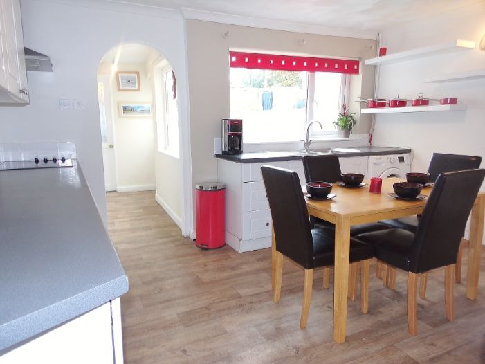 House, 3 bedroom Property for sale in Camborne, Cornwall for £130,000, view photo 5.