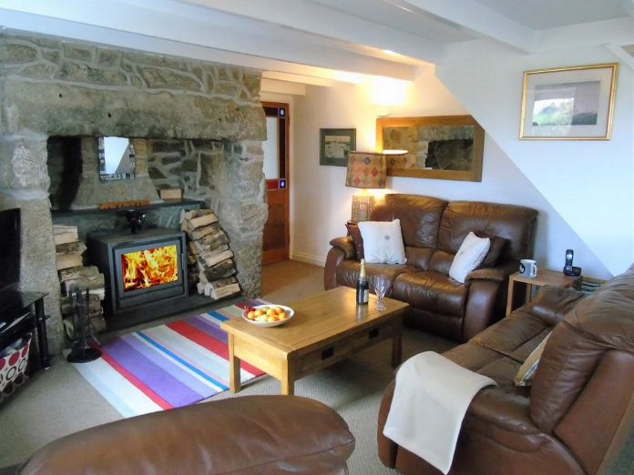 Detached House, House, 4 bedroom Property for sale in Penzance, Cornwall for £480,000, view photo 2.