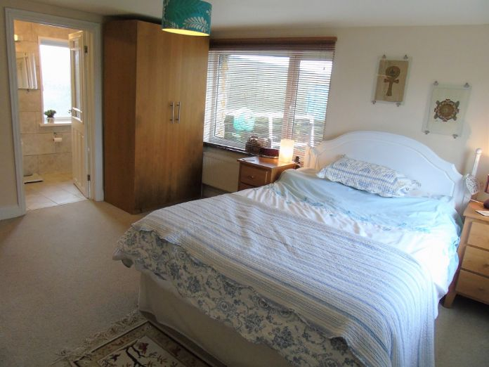Detached House, House, 4 bedroom Property for sale in Penzance, Cornwall for £480,000, view photo 9.