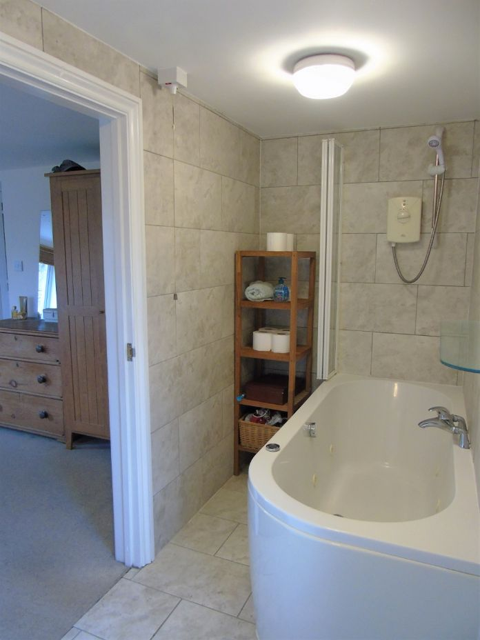 Detached House, House, 4 bedroom Property for sale in Penzance, Cornwall for £480,000, view photo 10.