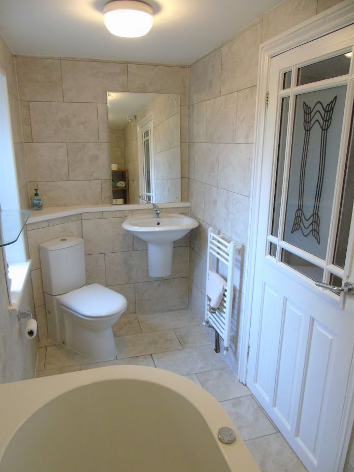 Detached House, House, 4 bedroom Property for sale in Penzance, Cornwall for £480,000, view photo 11.