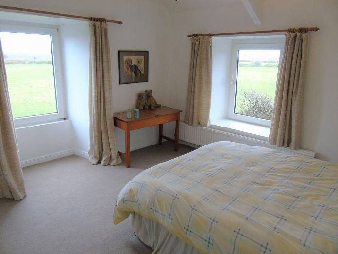 Detached House, House, 4 bedroom Property for sale in Penzance, Cornwall for £480,000, view photo 12.