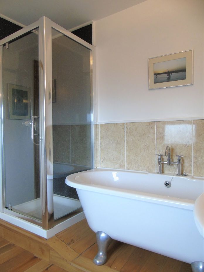 Detached House, House, 4 bedroom Property for sale in Penzance, Cornwall for £480,000, view photo 13.