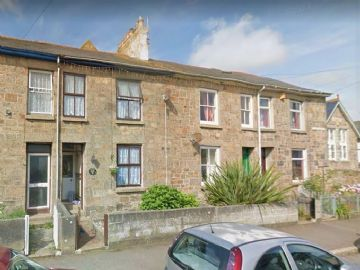 Terraced, House for sale in Penzance: St Marys Street, Penzance, Cornwall TR18 2DH, £190,000