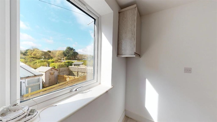 Semi Detached House, 1 bedroom Property for sale in Pendeen, Cornwall for £170,000, view photo 4.
