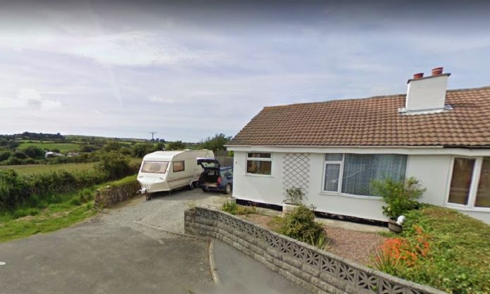 Semi Detached Bungalow, 2 bedroom Property for sale in Redruth, Cornwall for £200,000, view photo 1.