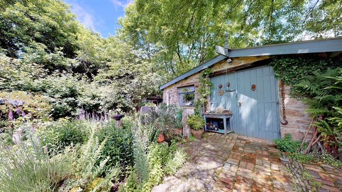 End of Terrace, House, 2 bedroom Property for sale in Lamorna, Cornwall for £375,000, view photo 4.