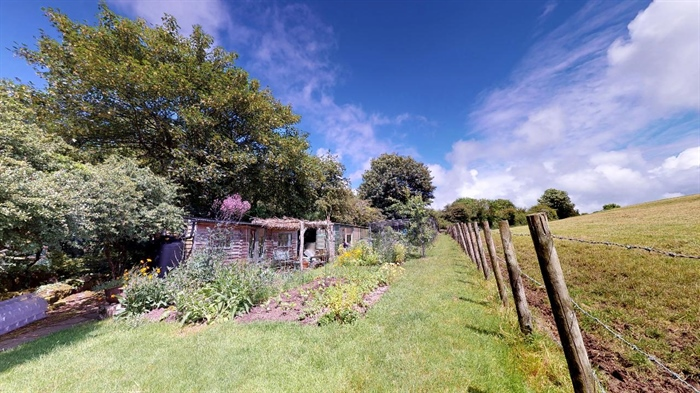 End of Terrace, House, 2 bedroom Property for sale in Lamorna, Cornwall for £375,000, view photo 7.