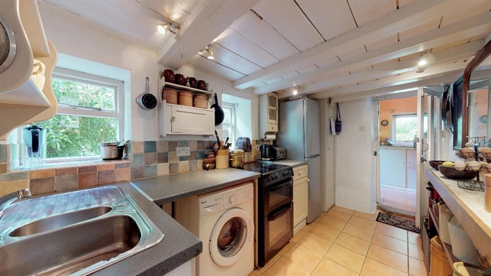 End of Terrace, House, 2 bedroom Property for sale in Lamorna, Cornwall for £375,000, view photo 8.