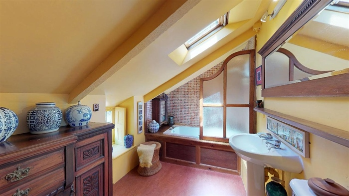 End of Terrace, House, 2 bedroom Property for sale in Lamorna, Cornwall for £375,000, view photo 22.