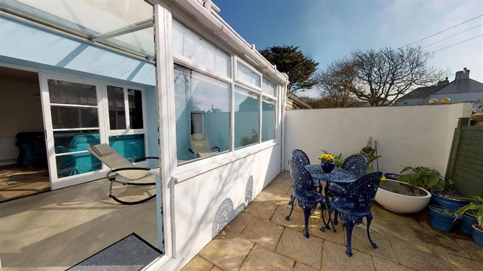End of Terrace, House, 3 bedroom Property for sale in Rosudgeon, Cornwall for £240,000, view photo 3.