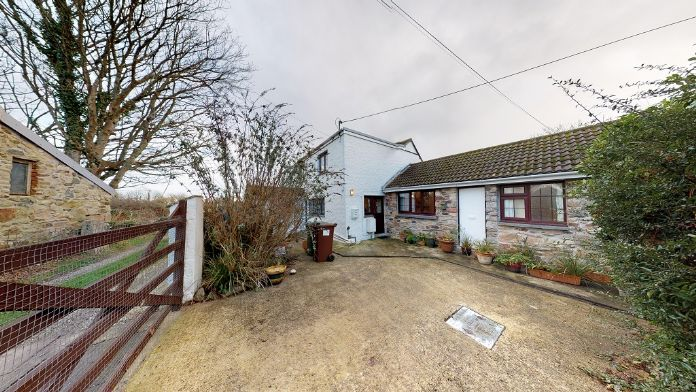 End of Terrace, House, 4 bedroom Property for sale in Rosudgeon, Cornwall for £325,000, view photo 2.