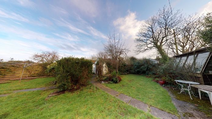 End of Terrace, House, 4 bedroom Property for sale in Rosudgeon, Cornwall for £325,000, view photo 18.