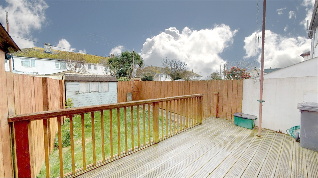 Terraced, House, 3 bedroom Property for sale in Penzance, Cornwall for £220,000, view photo 2.