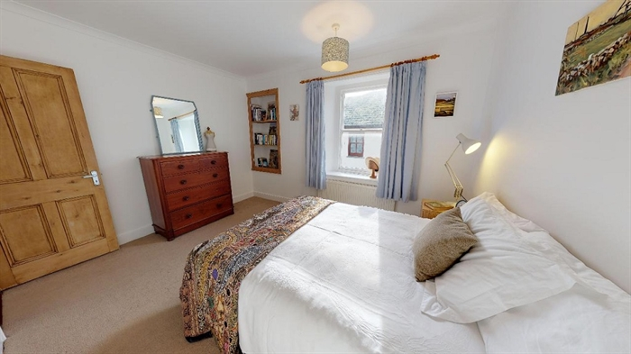 Terraced, 2 bedroom Property for sale in Penzance, Cornwall for £180,000, view photo 14.