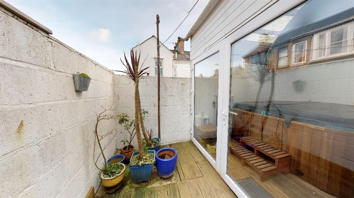 Terraced, House, 2 bedroom Property for sale in Penzance, Cornwall for £170,000, view photo 11.