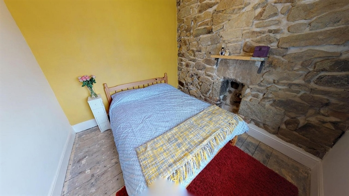 Terraced, House, 2 bedroom Property for sale in Penzance, Cornwall for £170,000, view photo 12.