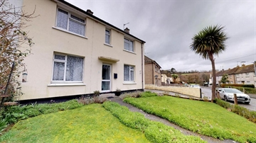 Semi Detached House for sale in Penzance: Penzance, Cornwall, £195,000