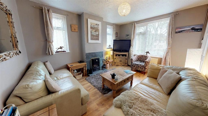 Semi Detached House, 3 bedroom Property for sale in Penzance, Cornwall for £195,000, view photo 3.