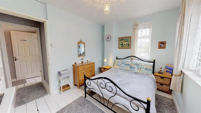 Semi Detached House, 3 bedroom Property for sale in Penzance, Cornwall for £195,000, view photo 11.
