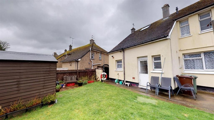 Semi Detached House, 3 bedroom Property for sale in Penzance, Cornwall for £195,000, view photo 17.